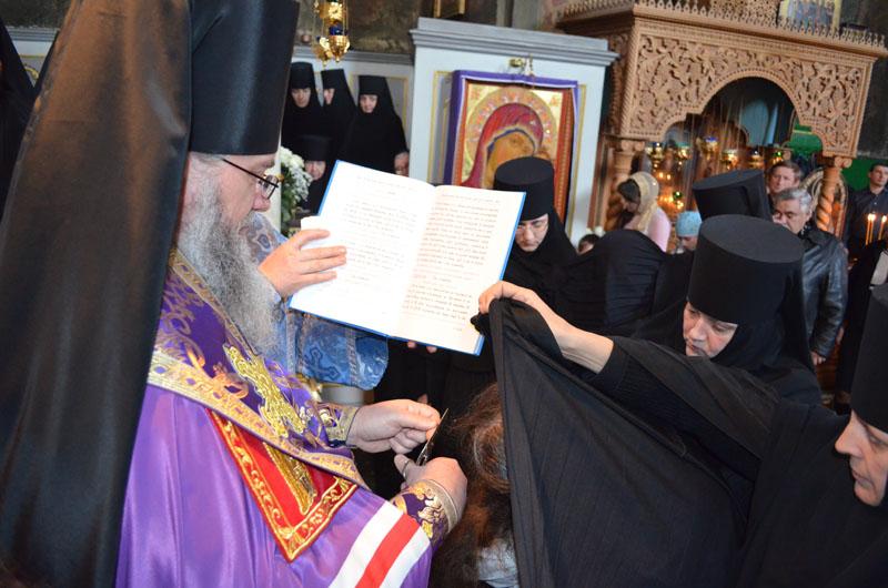 У Мукачівському монастирі відбувся чернечий постриг (ФОТО)