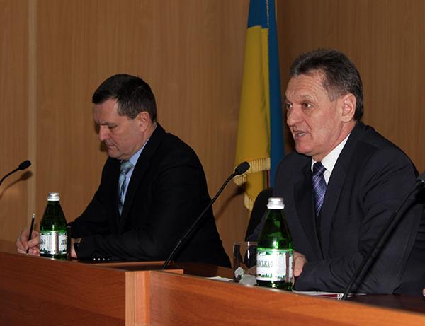 Голова Мукачівської РДА також написав заяву про звільнення