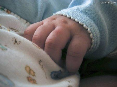 На Хустщині 7-місячна дитина ошпарилася гарячим чаєм
