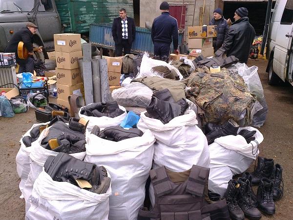 Близько чотирьох тонн гуманітарного вантажу доправили на Схід волонтери Тячівщини (ФОТО)