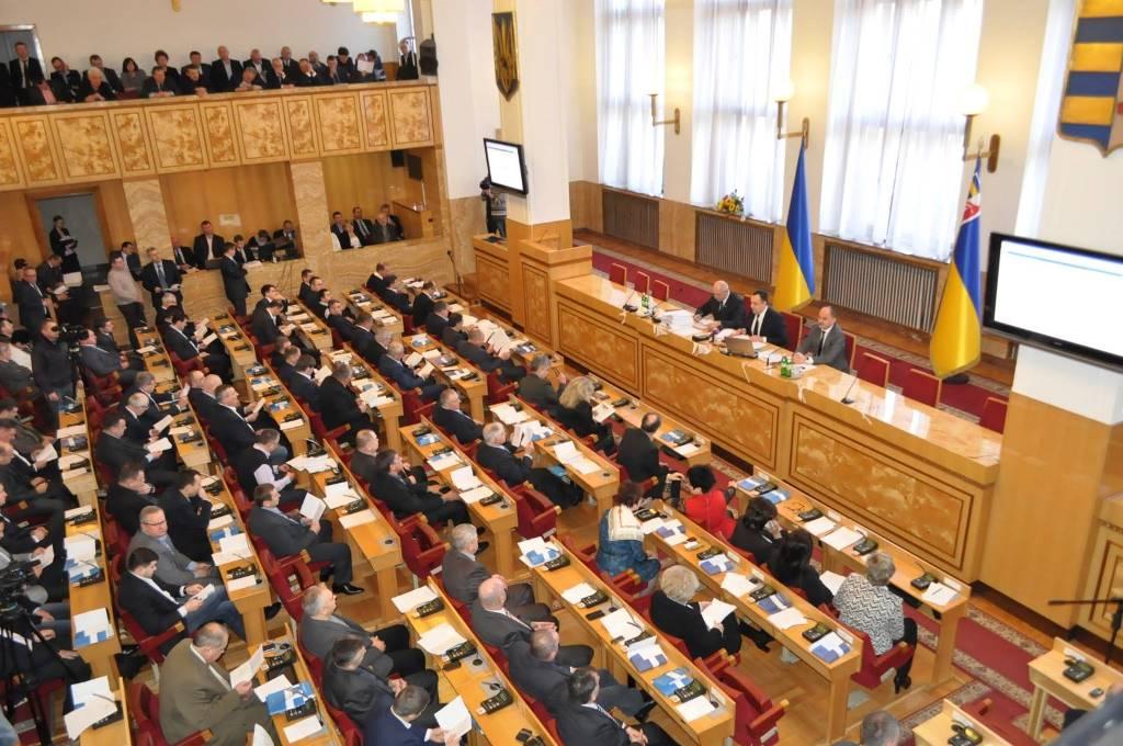 Закарпатські депутати просять зняти ліміти на електрику у нічний час