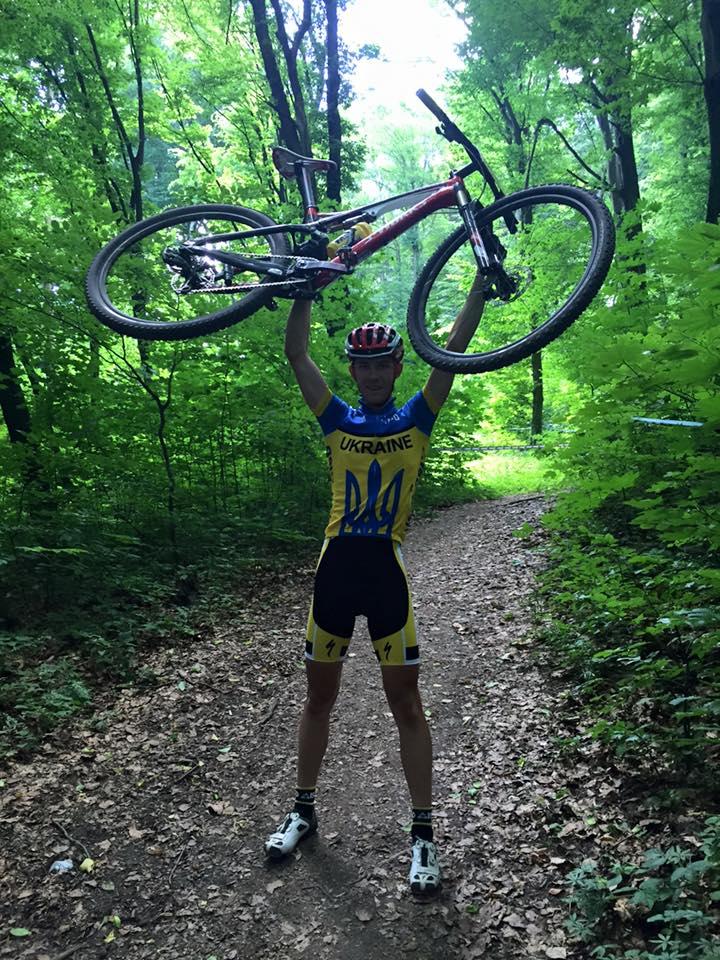 Молодці! Ужгородські велогонщики привезли перемоги з чемпіонату України