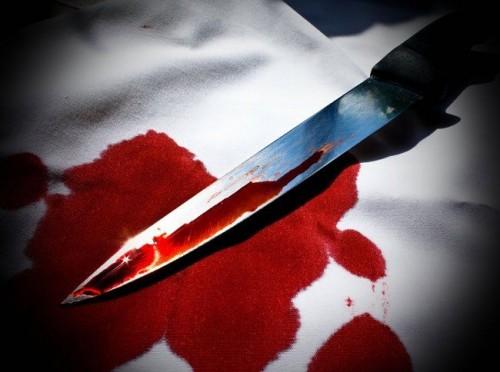 30-річний самогубець вдарив себе кілька разів ножем у груди в монастирі