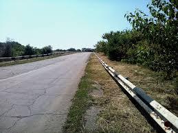 На узбіччі дороги на Мукачівщині знайшли тіло невідомої жінки