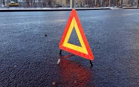 ДТП на Тячівщині: водій ВАЗу смертельно травмував пішохода