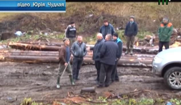 На Закарпатті звільнили лісівника, що погрожував журналістам під час зйомок сюжету про будівництво курорту Свидовець