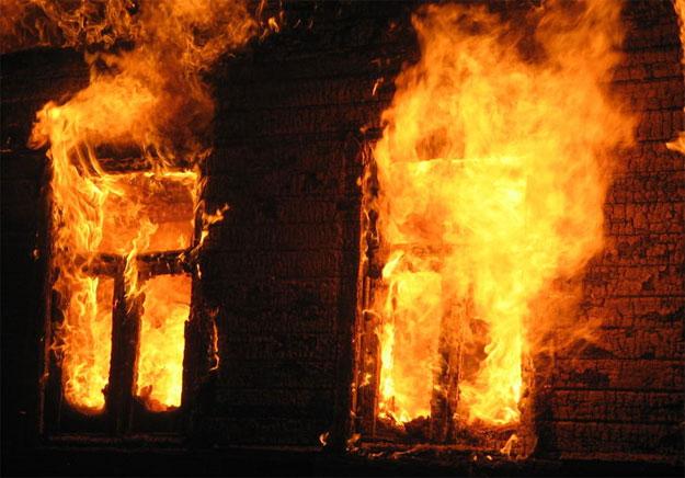 На Міжгірщині в пожежі в дерев'яному будинку згорів 84-річний власник