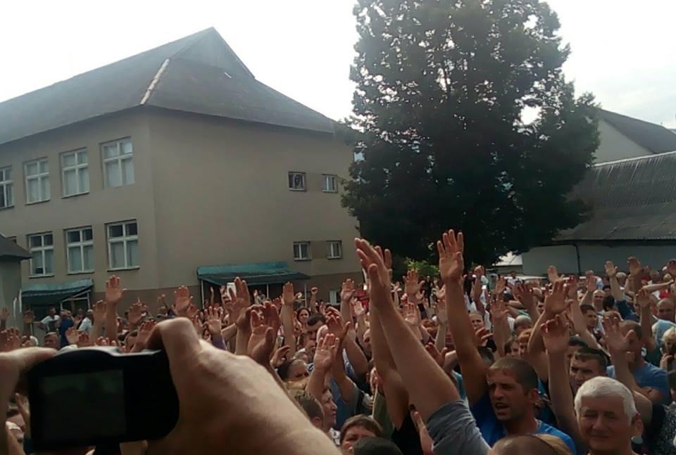 Громада Кошельова на Хустщині також одностайно проголосувала проти спорудження міні-ГЕС