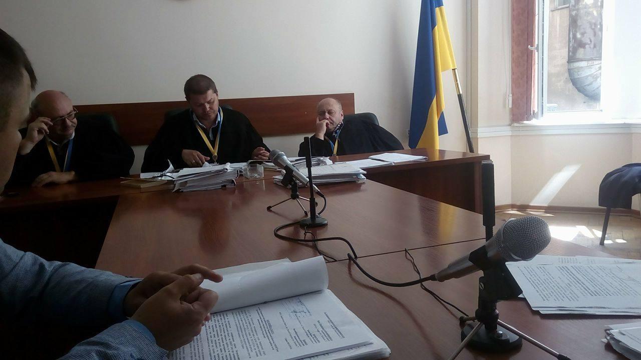 Суд у Львові також вважає незаконним звільнення екс-голови Великоберезнянської райради