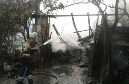 У Львові згорів табір циганів з Закарпаття, яким раніше спалили табір у Києві