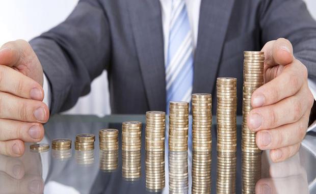 Середня номінальна зарплата на Закарпатті у червні, порівняно з травнем, збільшилась на 10,2% – до 6803 грн