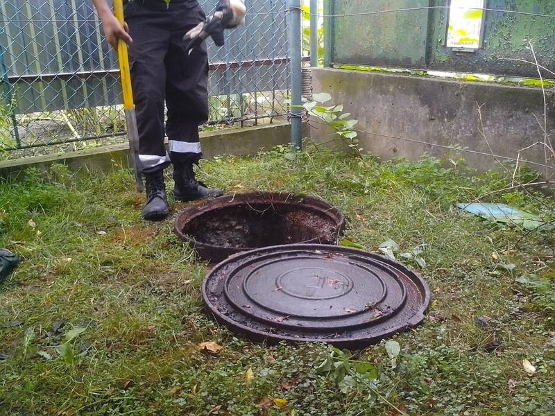 У Виноградові в каналізаційній ямі знайшли труп жінки