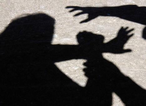 Закарпатець із психічними розладами намагався у Рівному зґвалтувати жінку, що йшла вулицею з малою дитиною у візочку