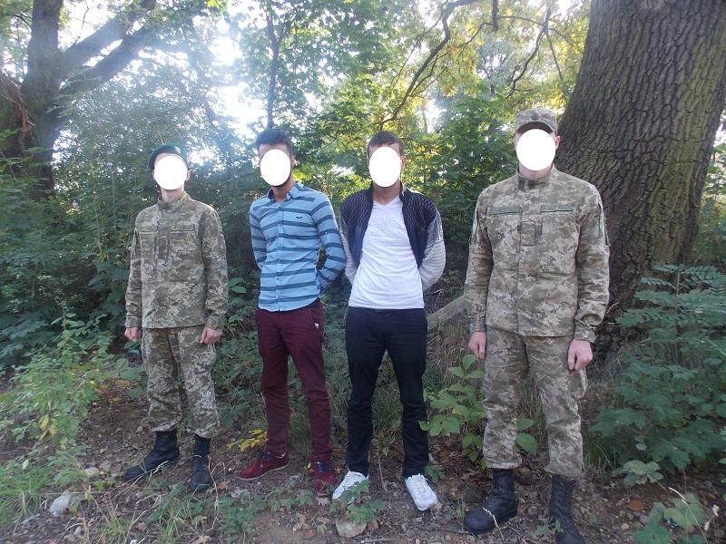 На Ужгородщині затримали двох турків-нелегалів