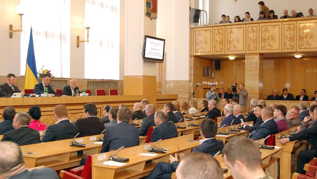 Закарпатська облрада більшістю голосів звертатиметься до уряду щодо звільнення Супрун