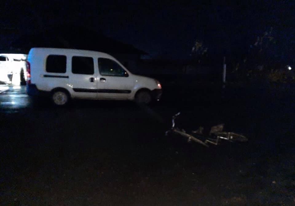 У Баранинцях під Ужгородом Renault збив велосипедиста (ФОТО)