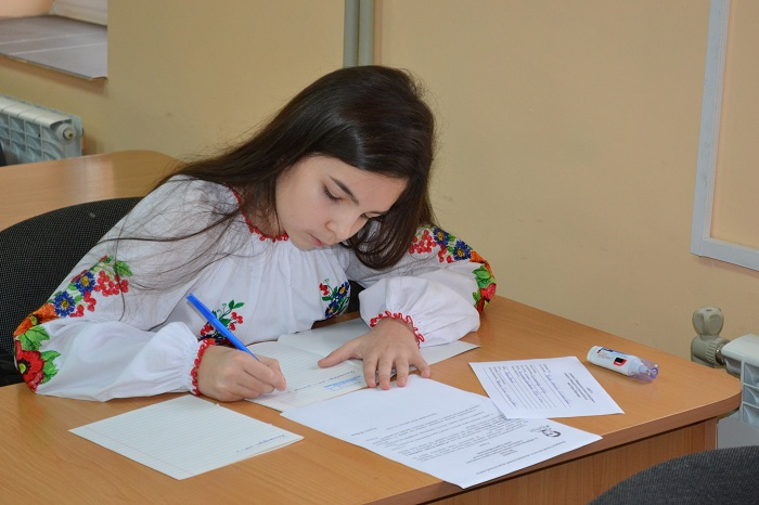 На Закарпатті відбувся мовно-літературний конкурс імені Шевченка (ФОТО)