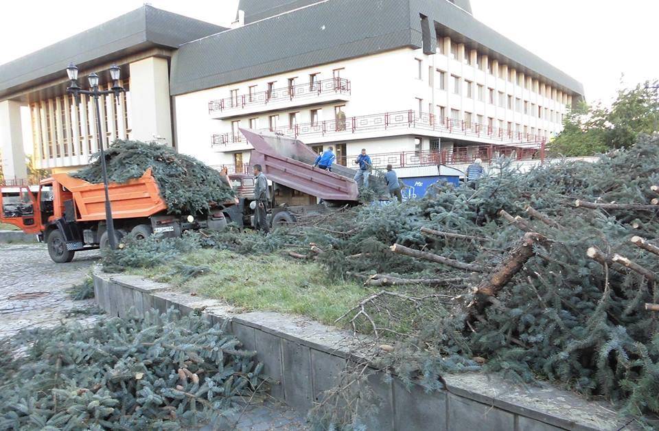 Сьогодні в Ужгороді відбудеться судове засідання по одній із ділянок біля драмтеатру