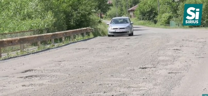 Через відсутність грошей ремонт дороги Нижні Ворота-Воловець-Міжгір'я припинили