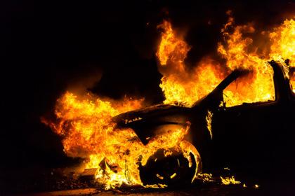 """На Тячівщині згорів """"чеський"""" BMW X5"""