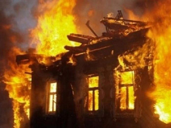 Після пожежі в будинку знайшли тіло власниці