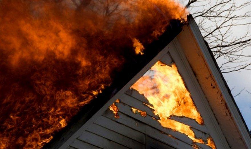 Два житлових будинки горіли впродовж доби на Закарпатті