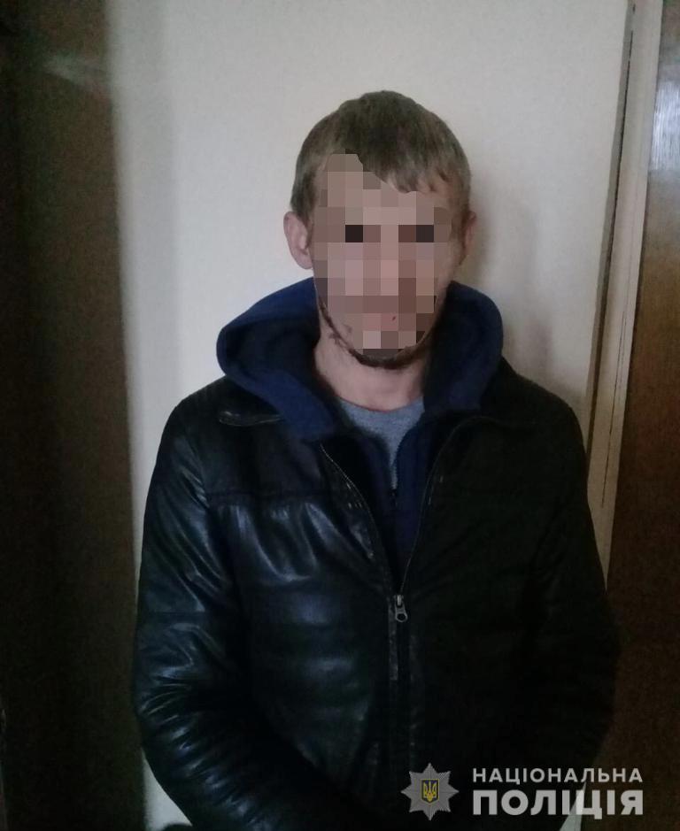 Звинуваченого в розбої мешканця Хустщини, що переховувався майже 8 років, затримали на Житомирщині (ФОТО)