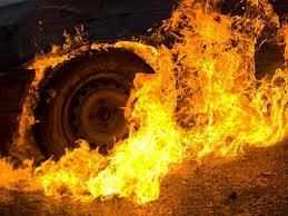 На Хустщині пожежа понищила вантажівку