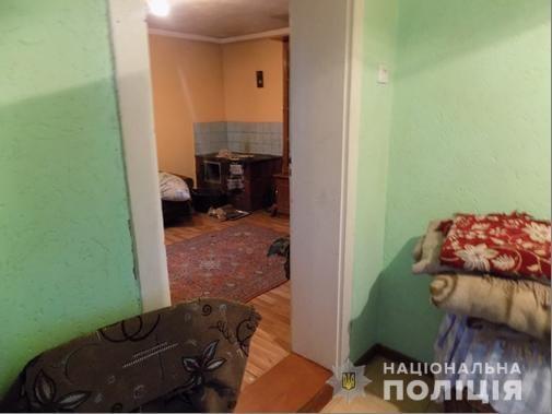 На Хустщині 70-річний чоловік заподіяв смертельні тілесні ушкодження 75-річному братові, у якого гостював (ФОТО)