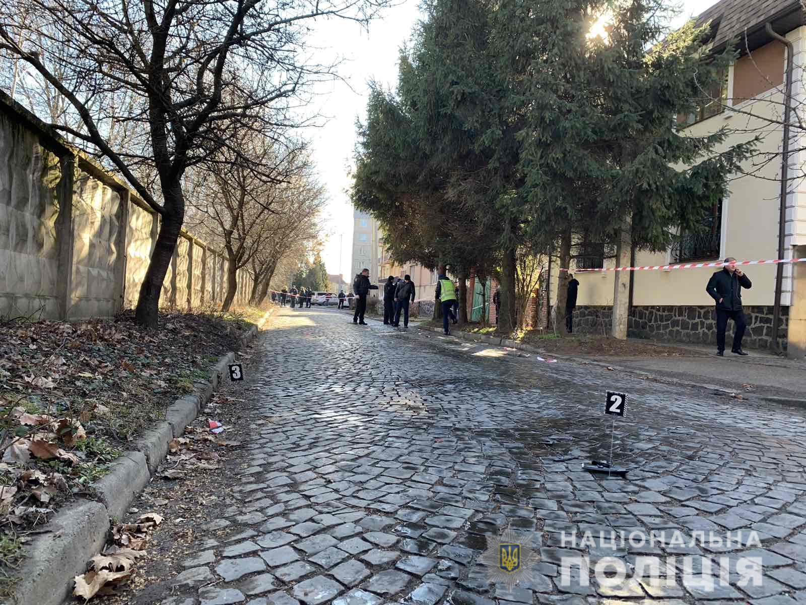 Закарпатські депутати звернулися до президента й міністра МВС через стрілянину в Мукачеві, а керівництво міської поліції відсторонено