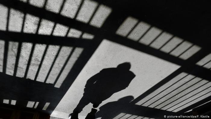 Чоловіка, що на Тячівщині під дією алкоголю до смерті забив батька, засуджено до 7 років ув'язнення
