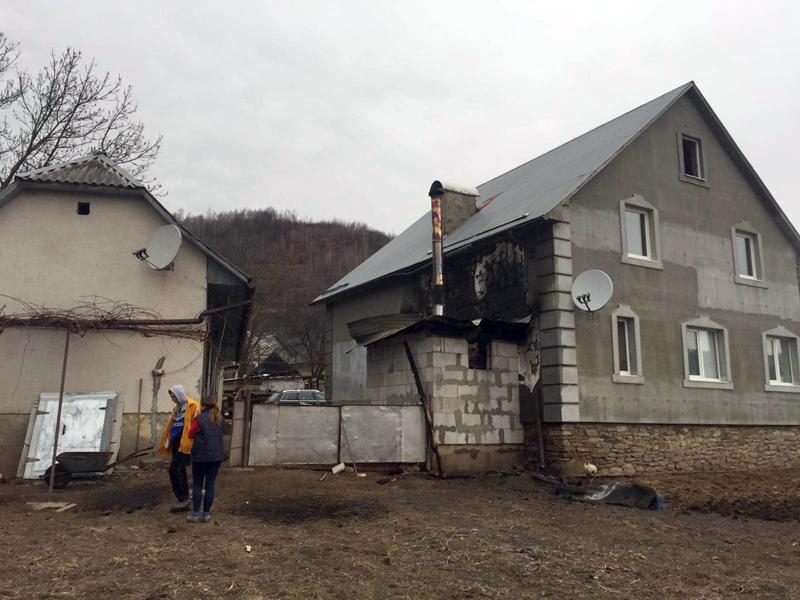 На Іршавщині, загасивши пожежу в котельні, врятували будинок від знищення вогнем (ФОТО)