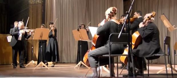 """Коцертну програму """"Вівальді та Моцарт"""" презентував камерний оркестр обласної філармонії в Ужгороді (ВІДЕО)"""