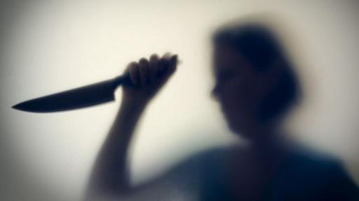 На Перечинщині погоджено підозру жінці, яка в ході сварки смертельно вдарила ножем співмешканця