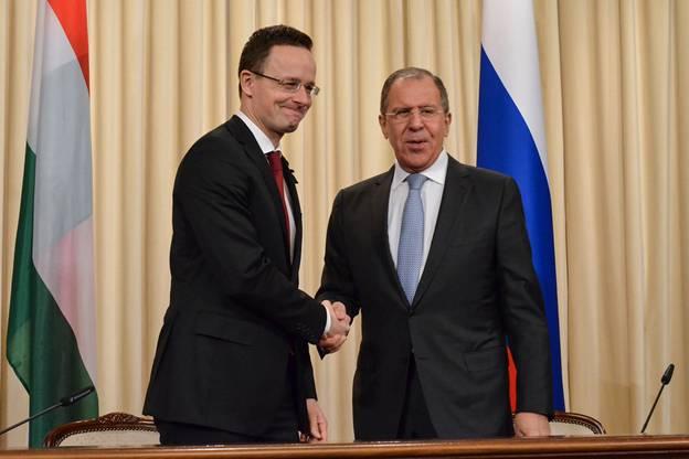 Сійярто летить до Лаврова напередодні українсько-угорських переговорів щодо НАТО