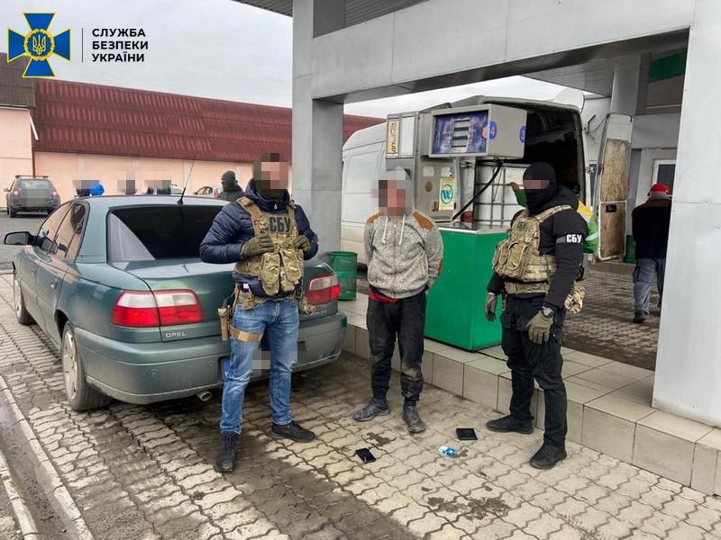 На Закарпатті блокували схему контрабанди сигарет, організовану посадовцями Мукачівського прикордонного загону (ФОТО, ВІДЕО)