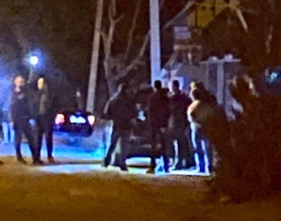 ВІДЕОФАКТ. У Виноградові за участі двох підозрюваних відтворюють обставини вбивства Василя Гоблика