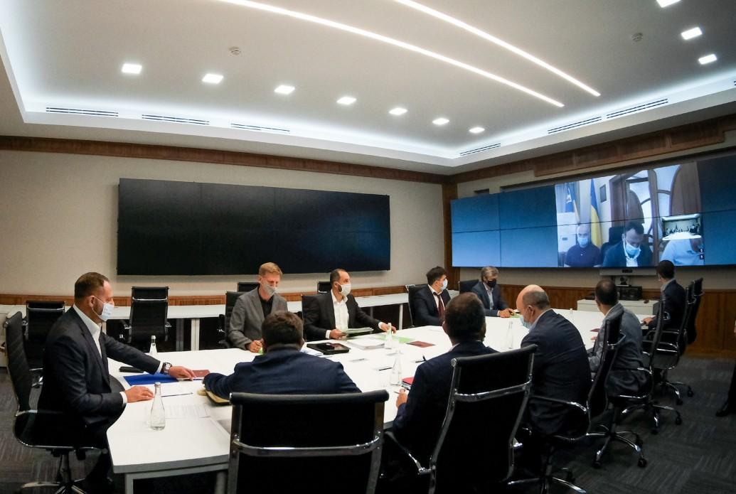 В Офісі Президента обговорили створення високогірного всесезонного спортивно-туристичного кластеру
