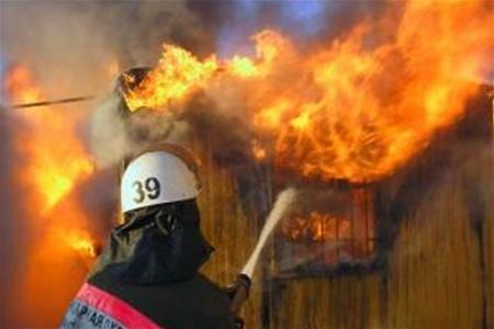 Пожежа у торговому павільйоні у Берегові знищила фритюрницю, два холодильники та мікрохвильову піч