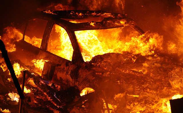 На Рахівщині пожежа понищила УАЗ