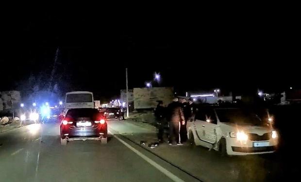 У Мукачеві водій ВАЗу, що тікав від патрульних, врізався в поліцейське авто, що його блокувало