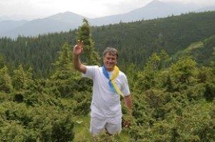 Віктор Ющенко з лідерами «правиці» підкорить Говерлу