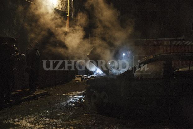 ВУжгороді спалили авто екс-голови облради