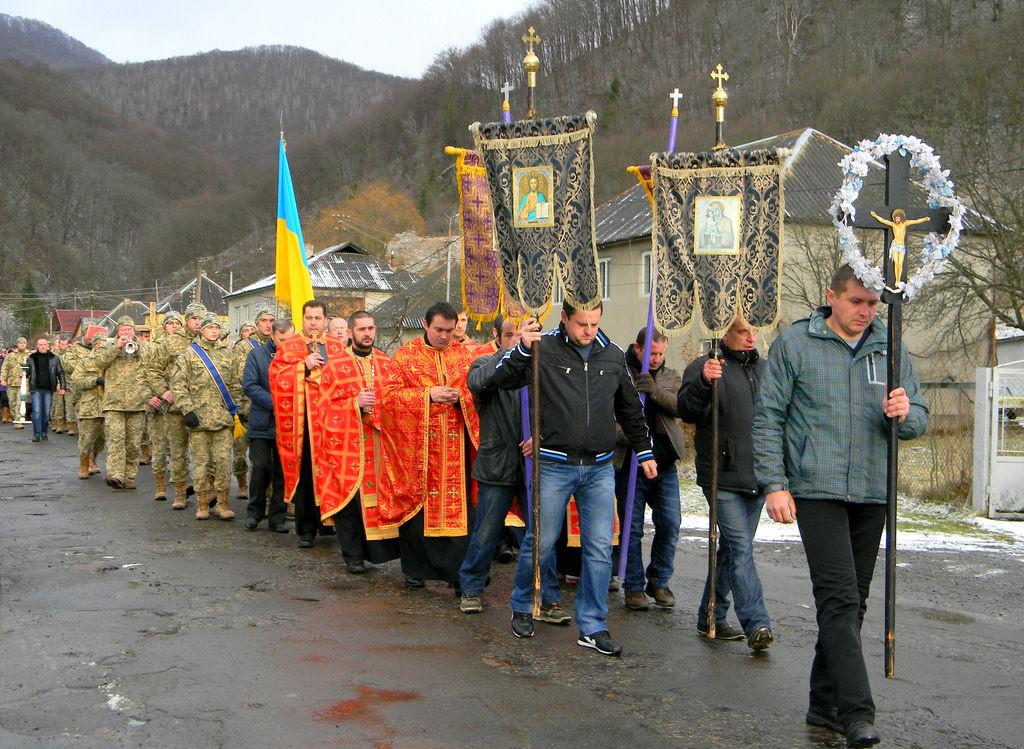 Воловеччина прощалася із полеглим на Донбасі Віталієм Горбатюком