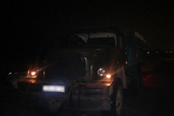 У Сваляві зупинили вантажівку із сумнівним багажем (ФОТО)