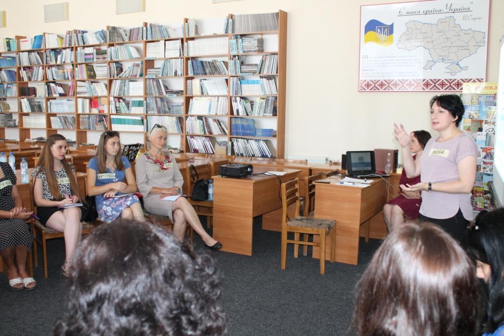 Бібліотекарі Закарпаття створили прес-клуб для інформування про переваги децентралізації