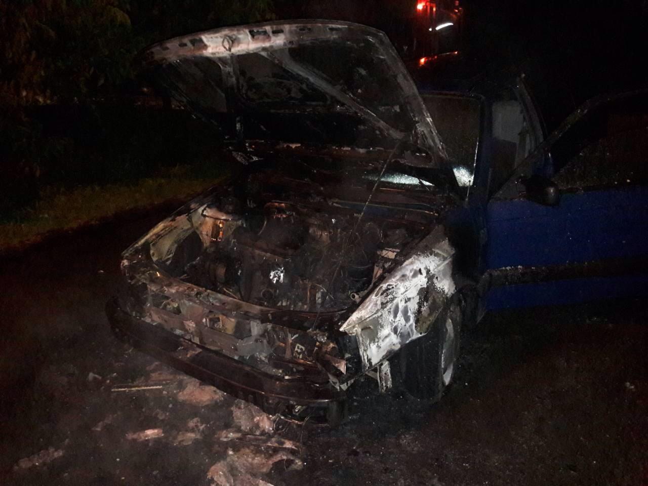 У Виноградові ввечері згорів Volkswagen Passat (ФОТО)