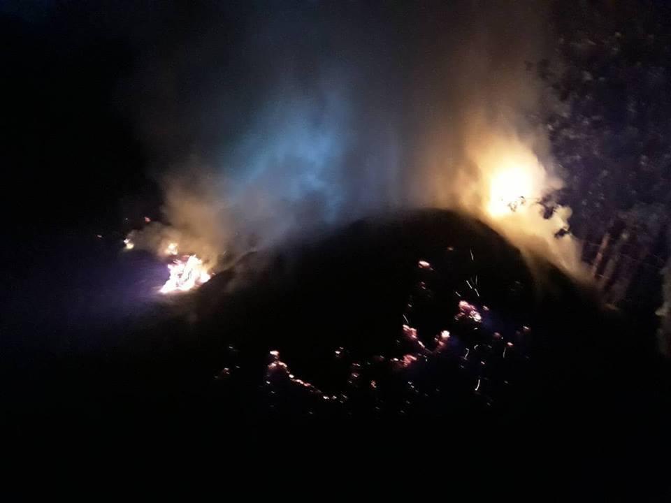 Через пожежу власник залишився без 1 т сіна
