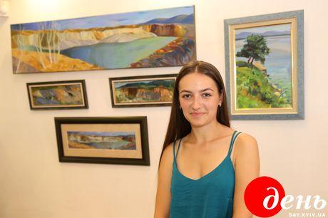 У Львові на персональній виставці можна оглянути живописні