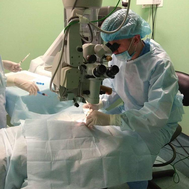 В Ужгороді пацієнтів з поганим зором оглядатиме рефракційний хірург ... d75dd91928d93